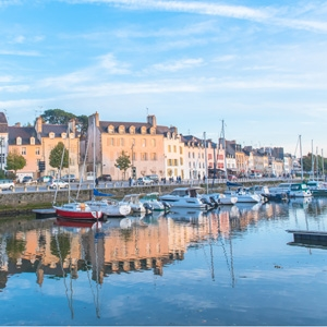 Houses and boats in the port of Vannes, magnificent city in Brittany