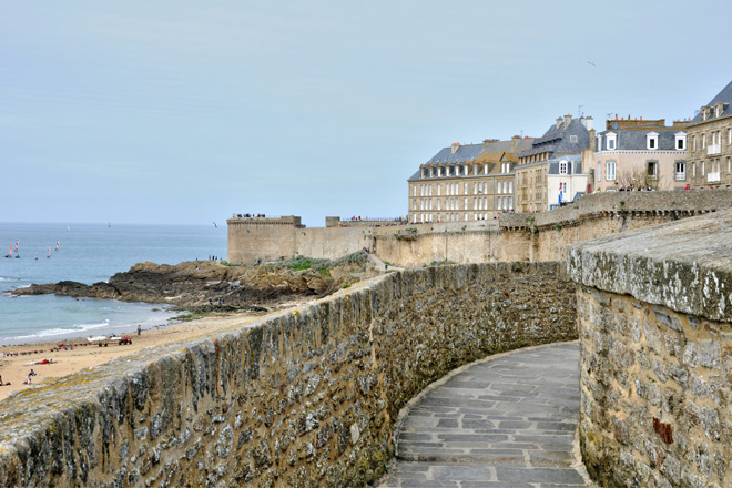 Brittany's best attractions - Le Ramparts de Saint-Malo