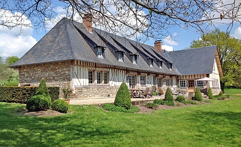 Holiday Farmhouse in Blangy le Chateau, Calvados, Normandy, North West France