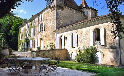 C17th Chateau in Thiviers, Dordogne, Aquitaine, South West France